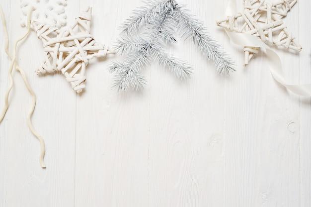 Макет рождественские или новогодние рамки композиции с пространством для вашего текста