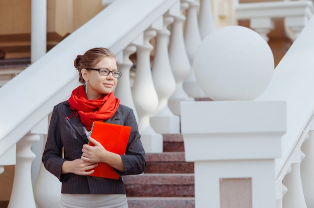 大学の美しい女子学生の肖像画