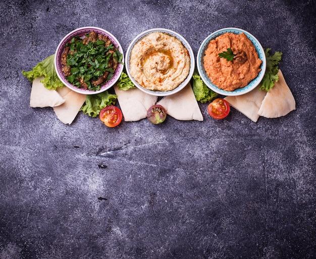 中東またはアラビア語の前菜の選択