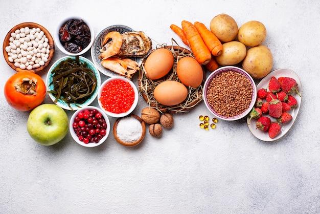 Здоровая пища, содержащая йод. продукты, богатые я