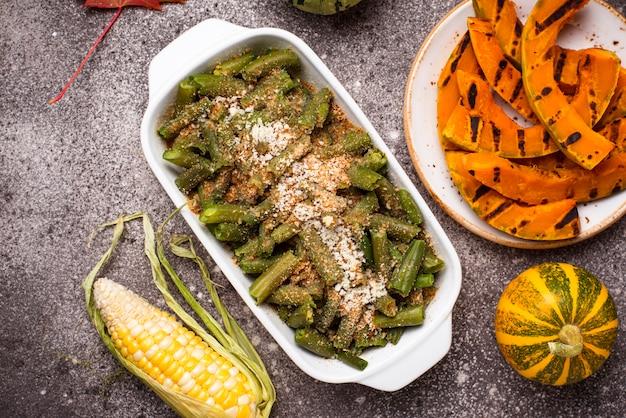 パン粉と緑豆のキャセロール