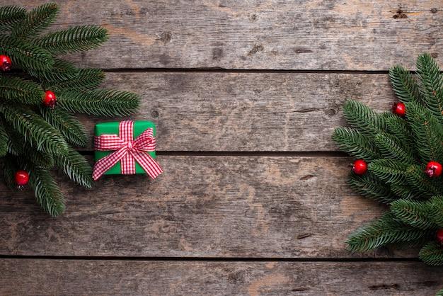 Рождество с подарочной коробкой