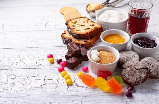 砂糖を多く含む不健康な製品