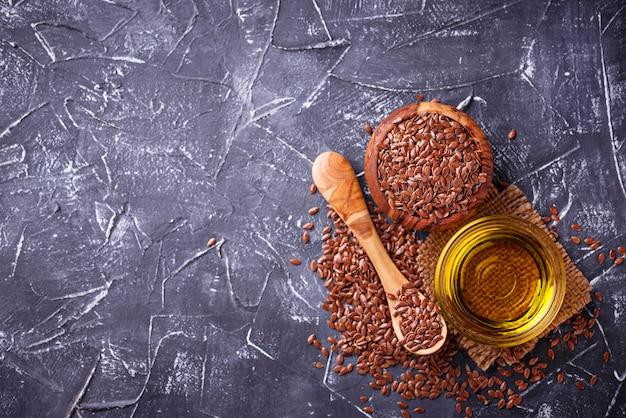 亜麻仁油と亜麻の種子