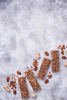 Домашние батончики с орехами.