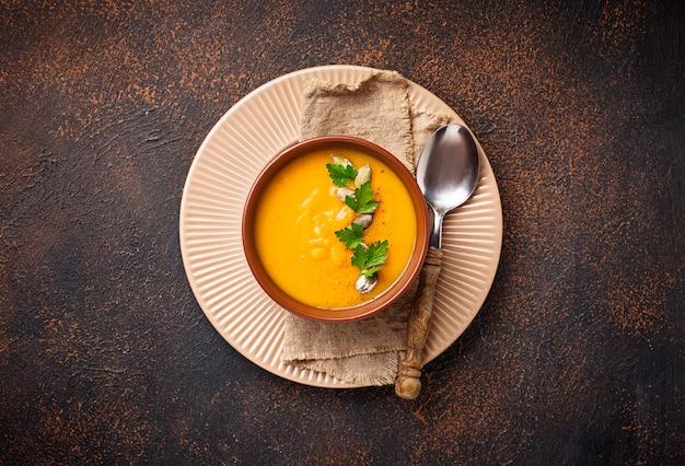 Вегетарианский осенний крем-суп из тыквы