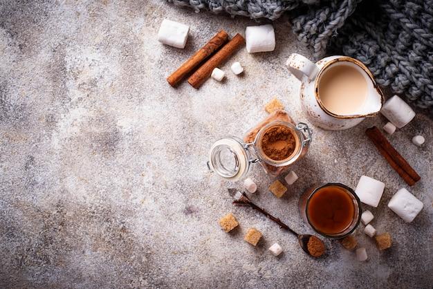 Ингредиенты для приготовления горячего шоколада или какао