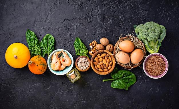 Ассортимент пищевых источников витамина е