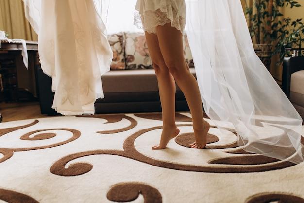 花嫁の美脚