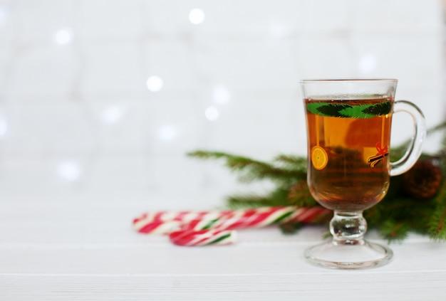 挨拶。クリスマスと新年の概念。