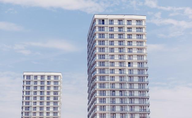 Современные жилые дома
