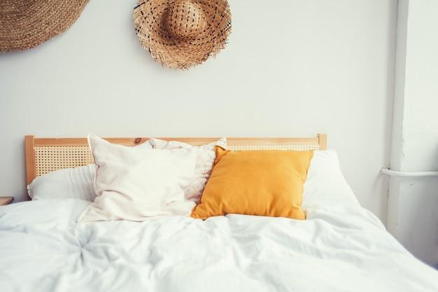 スタイリッシュなベッドルームのインテリアデザイン