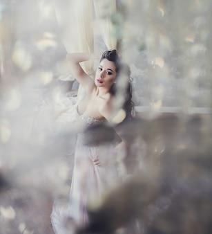 Красивая невеста с макияжем