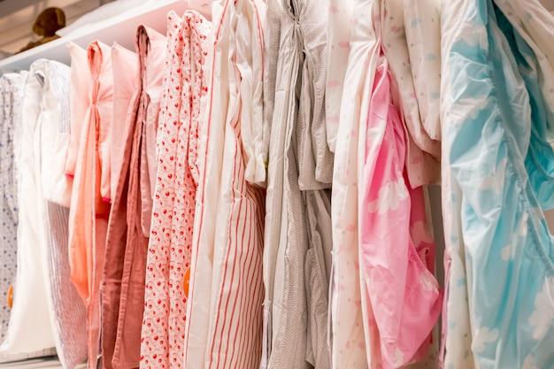 Широкий выбор комплектов постельного белья.