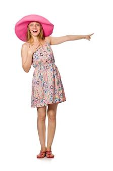 Девушка в летнем легком платье и шляпа на белом