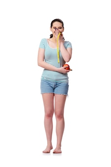 Молодая женщина в концепции спорта изолированная на белизне
