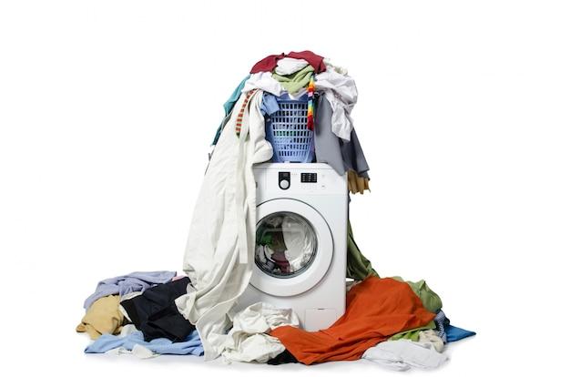 洗濯機、白で隔離