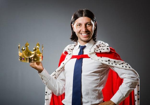 若い王の実業家