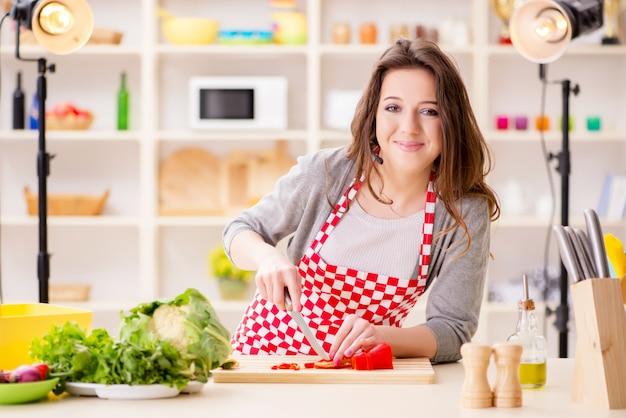 食品調理テレビ番組
