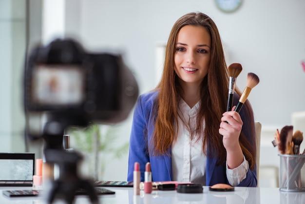 美容ファッションブロガー録画ビデオ