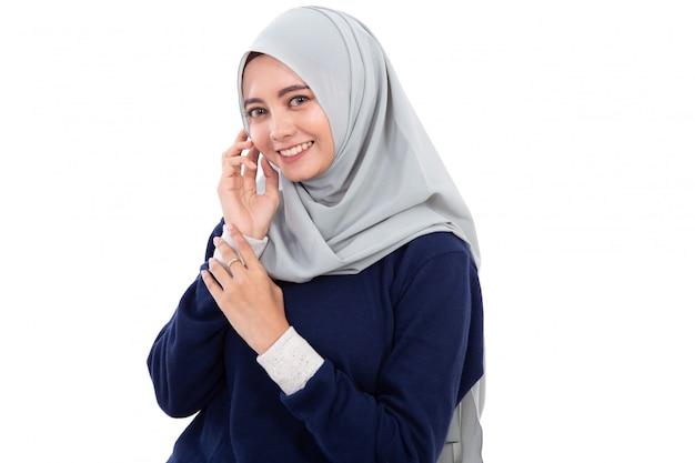 分離されたイスラム教徒のアジアの女性