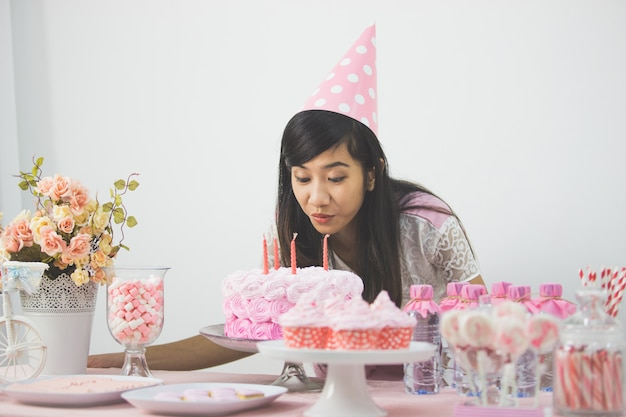 誕生日パーティーの甘いコーナー
