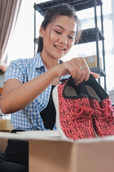 Готовая к отправке обувь