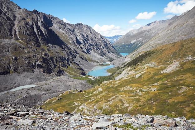 Путешествие пешком по горным долинам.
