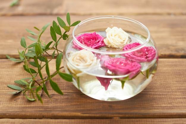 Делаем красивый маленький летний букет цветов
