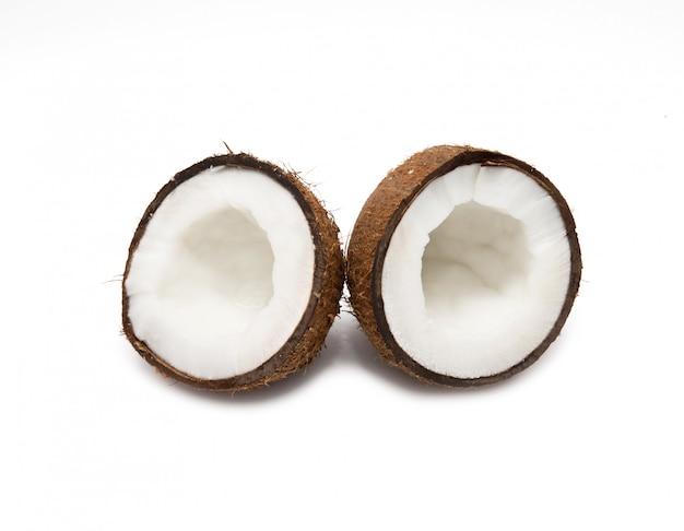 分離された白のココナッツ