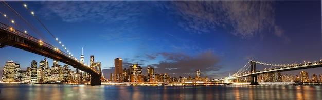 ニューヨーク市マンハッタンのスカイラインのパノラマ