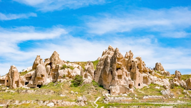 ギョレメ国立公園内の火山洞窟都市