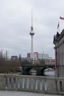 ベルリン、ドイツテレビ塔のシンボル都市