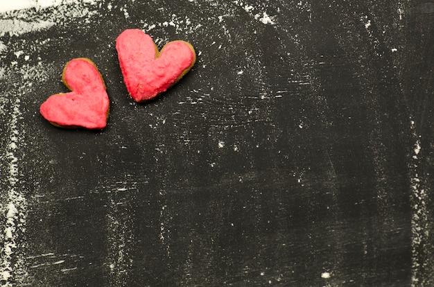 Печенье в форме сердца. идея концепции дня святого валентина