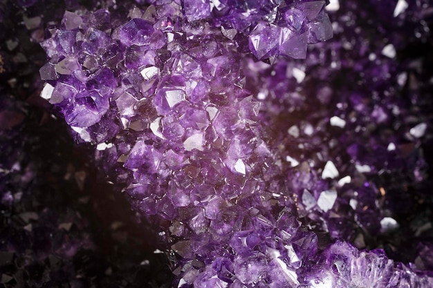 紫のアメジスト