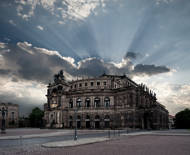 Дрезденский оперный театр