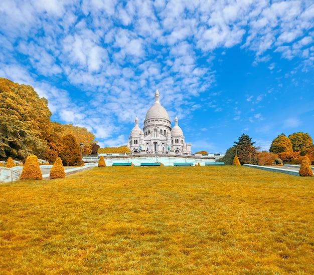 パリ、モンマルトルのサクレクール聖堂