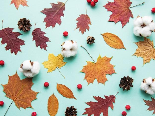 秋の葉の組成
