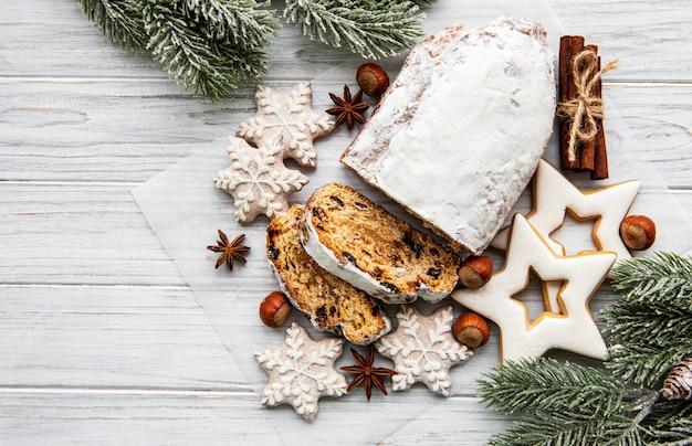 Рождество украдено на деревянном фоне