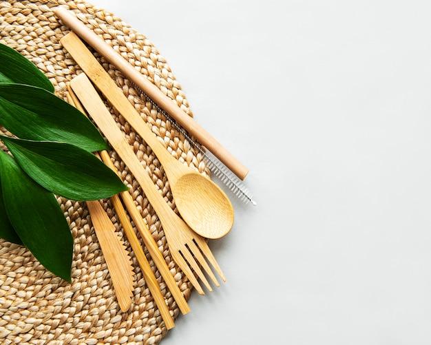 Набор экологически чистых бамбуковых столовых приборов