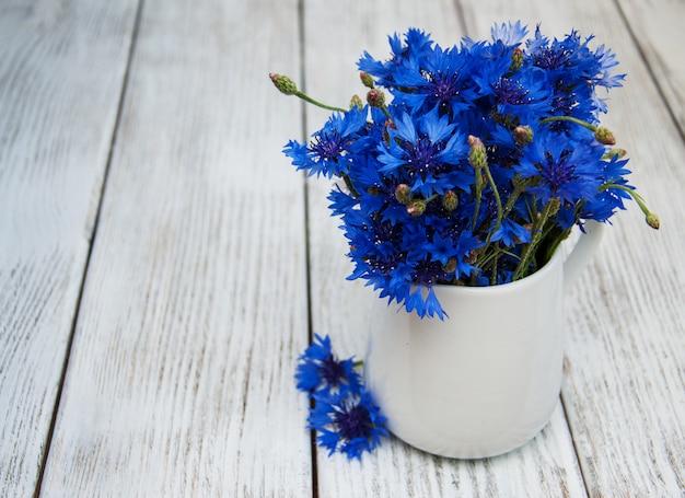 花瓶のヤグルマギク