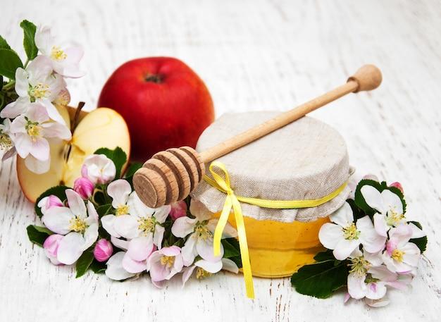 蜂蜜とりんご