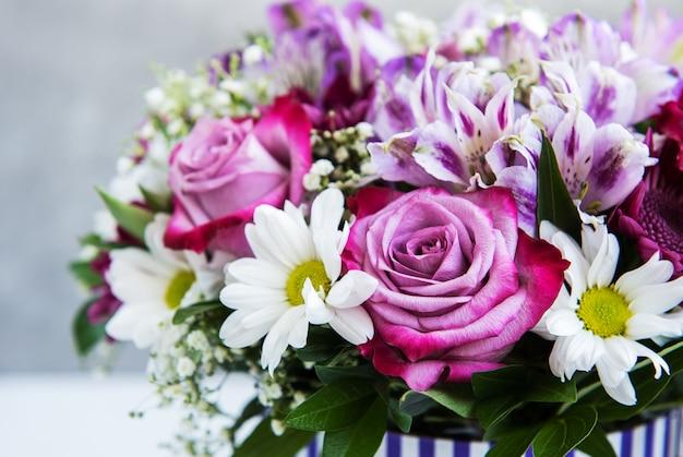 ピンクの花の花束