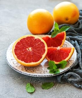 フルーツとプレート