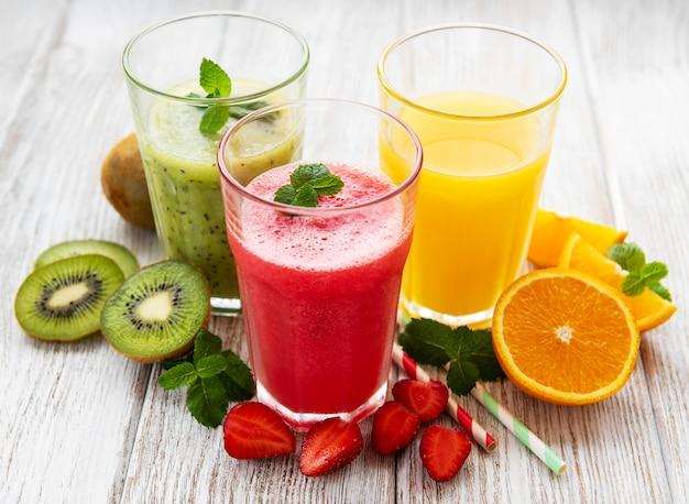 Здоровые фруктовые коктейли