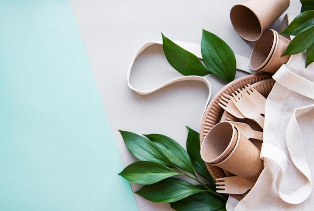 廃棄物ゼロのコンセプト、紙製食器
