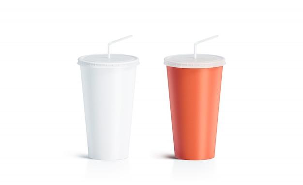分離されたストローで空白の白と赤の使い捨てカップ