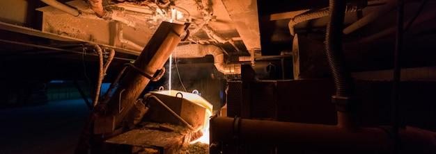 製造工場、重工業機械