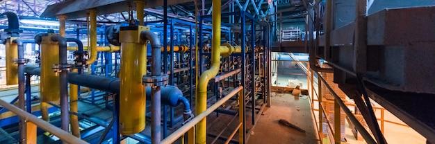 製造工場、広焦点レンズ