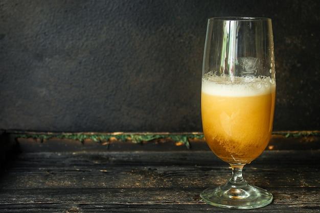 ガラス飲料のビール
